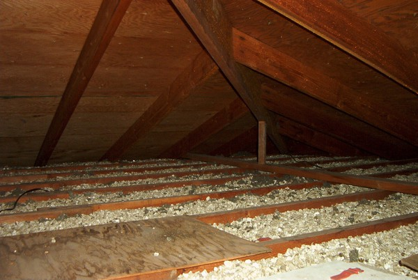 Vermiculite Insulation | Honest Home Inspections
